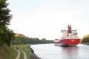Entlang des Nord-Ostsee-Kanals ging es nur kurz – leider. Wir lieben Kanäle.