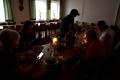 Das Wetter verdunkelte sich leider und wir waren froh, dass uns die St. Johannis Kirchengemeinde in in ihren Räumen übernachten ließ. Die MUT-TOUR ist zwar kein konfessionelles Projekt, aber da die Kirchen in Deutschland viel Gebäude haben und unser Projektziel gut finden, kommen wir bei Regen oder Kälteeinbrüchen immer wieder in Gemeinden unter.