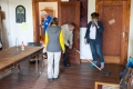 Am Sonntag früh schnurrt die Aufräumaktion wie von selbst. Dank aktiver Teilnehmer hinterlassen wir den Ort pickobello.