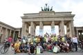 Das Gruppenfoto vor dem Brandenburger Tor (Foto: www.joannakosowska.com)