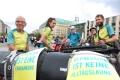 Die Radler der 3 Tandems der MUT-TOUR, die nach Berlin kam (Foto: www.joannakosowska.com)