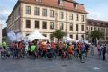 Fulda präsentierte sich mit über 60 Teilnehmern an der Mitfahr-Aktion über Neuhaus als Phönix-aus-der-Asche-Ort. Toll (-: