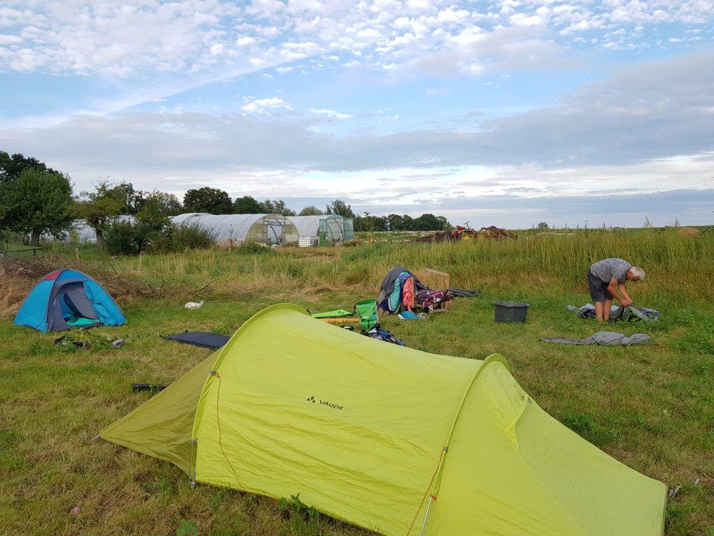 MT20 Zelten unter freiem Himmel